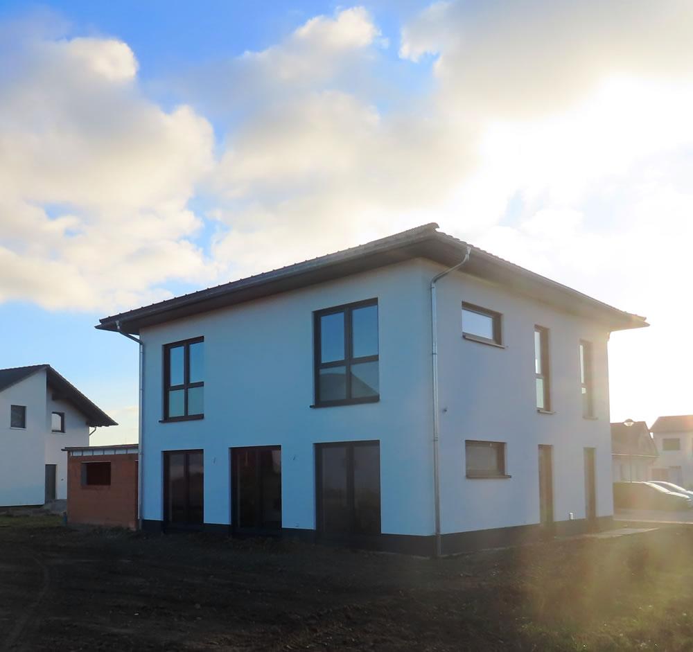 2020 - Massives Stadthaus Rackwitz