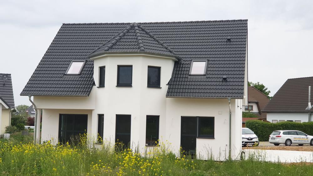 2020 - Einfamilienhaus Ziegelbauweise in Dölzig
